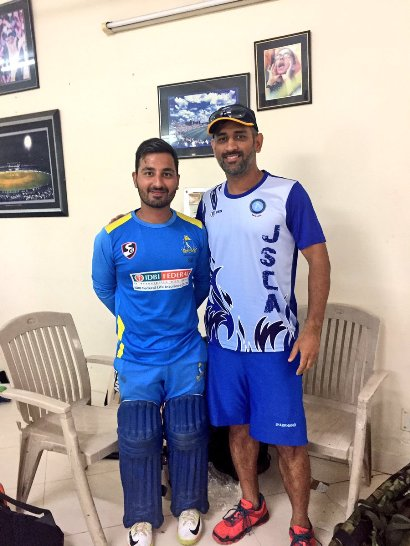 Shreevats Goswami with MS Dhoni
