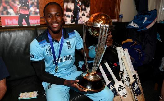 Jofra Archer Picture with Trophy.