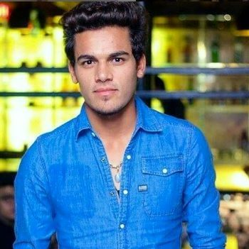 Rahul Chahar Profile Photo - Indian Cricketer Rahul Chahar Info, ICC Ranking, Records, Wiki, Family along with latest Images and News.