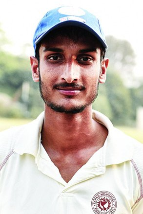 Shahbaz Ahmed Profile Photo - Indian Cricketer Shahbaz Ahmed Info, ICC Ranking, Records, Wiki, Family along with latest Images and News.