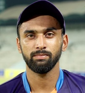Abdullah Shafique Profile Photo - Pakistani Cricketer Abdullah Shafique's Wiki, Age, Bio, Cricket career stats, Records, ICC Ranking, Family along with latest Pictures, Images and News.