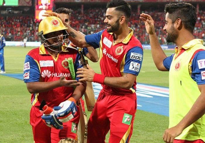 Sarfaraz Khan with Virat Kohli in IPL Match.