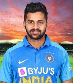 Shardul Thakur Profile Photo - India Cricket Player Shardul Thakur Stats Info, ICC Ranking, Records, Wiki, Family along with latest Images and News.