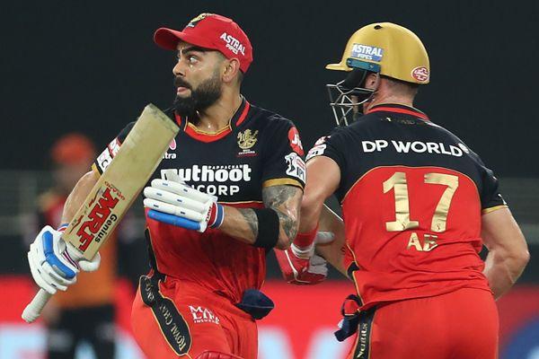 Virat Kohli and AB de Villiers during Sunrisers Hyderabad and Royal Challengers Bangalore match.