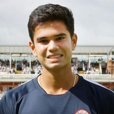 Arjun Tendulkar Profile Photo - Indian Cricketer Arjun Tendulkar's Wiki, Age, Bio, Cricket career stats, Records, ICC Ranking, Family along with latest Pictures, Images and News.